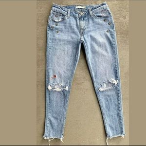Levi's 535 Super Skinny Distressed Cropped Jeans